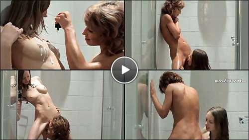 women nude in the shower video